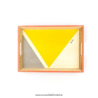 bandeja-trangulos-gris-y-amarillo