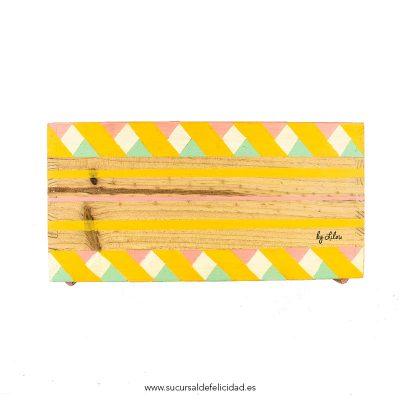 caja-rayas-amarillas