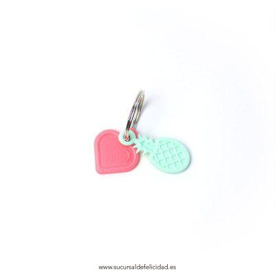 Llavero LOVE piñas