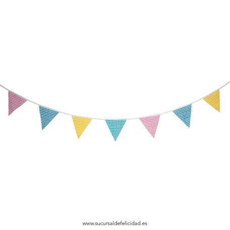 Guirnalda de banderines pastel