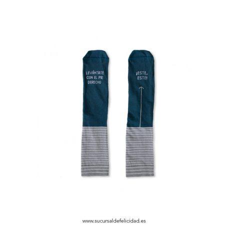 "Calcetines ""Levántate pie derecho"" Azul Grisáceo"