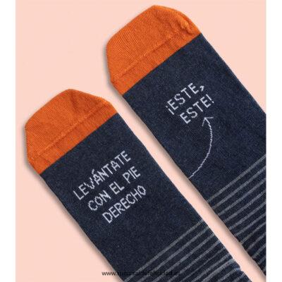 Calcetines levántate pie derecho azul Smiley