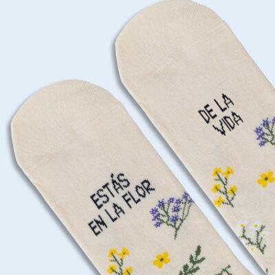 """Calcetines """"Estas en la flor de la vida"""" Silvestre"""